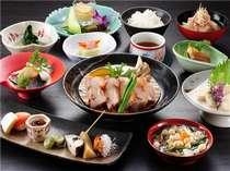 【夕食一例】地元の旬の食材を用い、現代風にアレンジした創作会津郷土料理をお楽しみいただけます。