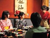 和風ダイニング「遊仙」で当館自慢の創作郷土料理会席をご堪能ください。