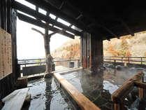 【姉妹館 千代滝】最上階10階の展望露天から城下町を一望できる。