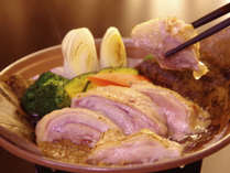 【冬季限定 地鶏の朴葉焼き】滋味あふれる地鶏を朴葉とともに。