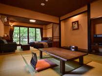 【和洋室タイプA一例】(ベッドルーム+和室が建具の仕切り)の一例。※様々なタイプがございます。