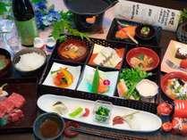 【ご夕食】ダイニングで「創作会津郷土料理膳」をご用意。夕食付き全プラン共通(姉妹館BFプラン除く)。