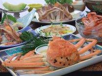 大人気蟹三昧。松葉ガニ大鍋・姿蒸し、焼・刺・茶碗蒸・雑炊と蟹2.5杯付!鮮魚刺身も♪例