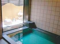 2階男性大浴場です。深夜2時迄お入りいただけます。もちろん女性浴場もあります☆