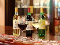 厳選した、ワインや地酒もそろえています。