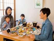 ◆GW早得90◆【家族三世代でGW温泉旅行へ★★★】ゆったり座敷個室で和食膳を堪能!ほっこり~温泉三昧!