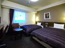 本館ツイン、客室広さ約18平米、ベッド幅約120センチの画像