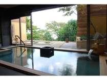 大浴場「こもれびの湯」の内湯