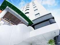 リラクゼーションルームやOAコーナーなど無料のサービスが多数有!!アメニティの充実も自慢の快適ホテル。