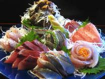 【平日限定】お宿やまもとオススメ!お刺身ボリュームUP♪皿盛りプラン