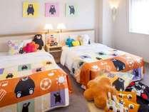 【くまモングッズとわんぱくキッズルーム】広々ラージツインルームでいろんなくまモンがお出迎え!