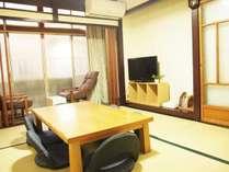フリースペースにはテレビ、観光情報誌等ご用意ございます。旅のプランニングにお役立てください。