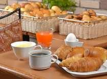 朝食無料サービス付