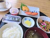 【9月2日の朝よりリニューアル】朝食¥500(和食)