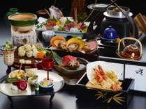 熊野牛、紀州のまぐろなど『八咫会席』※料理写真はイメージです。