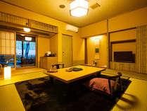 和室10畳 露天風呂付客室です。