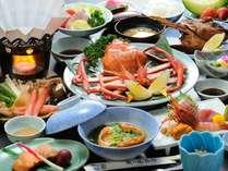 【部屋食or個室食事処確約】カニをお腹いっぱい食べたいあなたは必見!当館人気海鮮&蟹三味グルメプラン♪