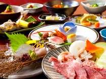 地元の旬食材をふんだんに使った季節の会席はクチコミ夕食4.7点を獲得(2010年8月現在)