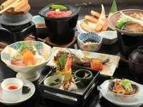 牛肉のステーキとあわびの踊り焼き会席(料理の一例)