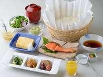 引き上げ湯葉と湯豆腐の嬉しい朝ご飯