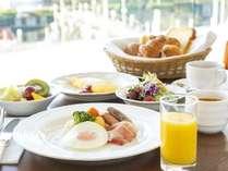 カフェテラス「カメリア」の朝食バイキング