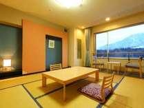阿蘇五岳を望む落ち着きのある和室