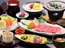 【秋限定/お肉好き必見】牛肉の旨味を凝縮する溶岩焼きで★牛ロースステーキプラン(2食付)