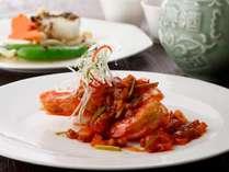 記念日におすすめ!アニバーサリーデザート付き中国料理ディナー!駐車場代無料!(夕食付)