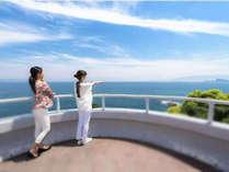 大パノラマの絶景を楽しめる『ダグリ岬展望所』徒歩約5分
