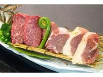 三大肉食べ比べ