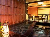 【お部屋】客室露天風呂 お部屋専用のお風呂でおくつろぎください。