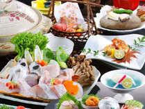 紀州クエ伝説クエ会席 皮酒、ちり鍋、荒炊き、竜田揚げなどサマザマなクエ料理がお楽しみ頂けます。