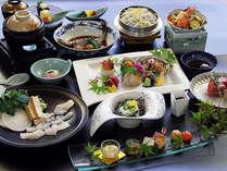 2013夏の会席料理仕入状況により一部内容が変わる場合もございます