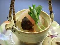 旬魚と松茸の土瓶蒸し