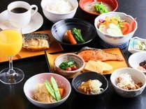 ふるさと朝食(和定食)はご飯・納豆・味噌汁・コーヒーがお替り自由!(写真はイメージ)