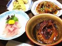 【1泊2食付】身体を癒す美味しいお料理と古い歴史を持つ鉱泉に浸る≪部屋食≫