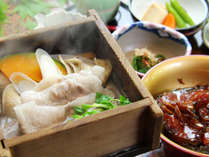■【ご夕食一例】白河高原清流豚の蒸篭蒸しはオススメの食べ方のひとつ。