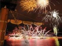 【花火納涼船】7月31日と8月5日は海賊船に乗って花火を見よう!プレミアムな花火観覧を☆