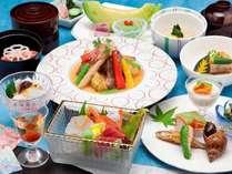 奈良の滋味を盛り込んだ季節会席は、多くのお客様にご寵愛いただいております。(季節会席イメージ)