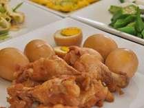 【鶏肉と煮卵】さっぱり味で鶏肉が柔らか~いんですよ♪