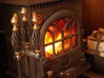 薪ストーブの柔らかい温かさは忘れられない癒し