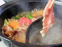 【1日2組限定】すき焼きとしゃぶしゃぶで厳選但馬牛を堪能出来る君の名は…「ダブル鍋」