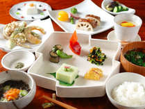 10月~はこちら♪夕食付/朝はゆっくり過ごしたいお客様へ、手造りの郷土料理と温泉を愉しむ