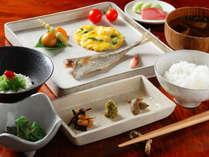 【朝食付】自然の音色でスッキリお目覚め!からだに優しい和食でスタート♪