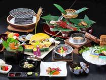 ★おもてなし会席/地元の食材をはじめ、旬の味覚を盛り込んだ日本料理をお召し上がりください。