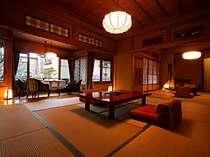 離れ特別室「雪見荘」。美空ひばりが幾度も泊った憧れのお部屋。和室2室+洋間+檜風呂の贅沢な造り