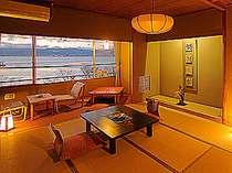 諏訪湖側の和室10畳「夢屋敷」