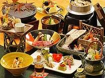 松茸や信州牛を楽しめる秋の会席料理。