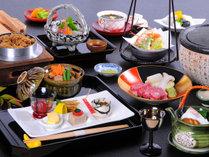 信州の旬の素材を目と舌で味わう本格的な会席料理をお楽しみください