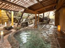 温泉露天でゆっくり。夕・朝、4種の湯船をお楽しみいただけます。